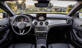 New Mercedes-Benz GLA 250 full